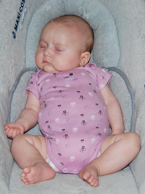 Anforderungen an Babyschalen